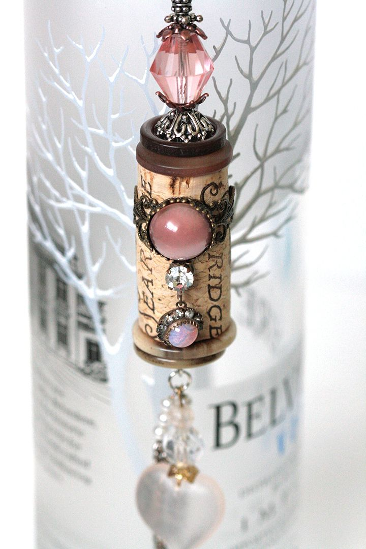 Kimberly 39 s blog cork bella vintage crafts pinterest for Crafts with corks from wine bottles
