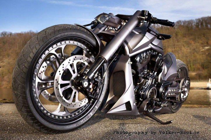 V Road Muscle Harley Davidson 00172