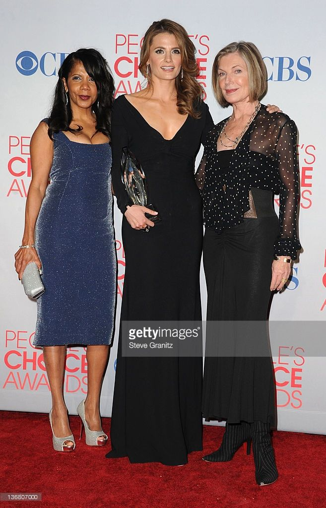 Penny Johnson, Stana Katic and Susan Sullivan People's Choice Awards 2012