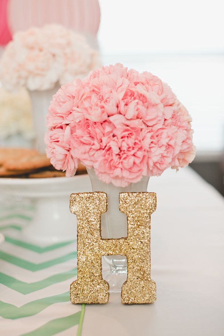 #gold, #glitter, #party-decor Photography: Sowen Photography - facebook.com/pages/Sowen-Photography/316855218409480 Photography: Cotton Love Studios - cottonlovestudios.com/ Read More: http://www.stylemepretty.com/living/2014/03/06/hannahs-ice-cream-parlor-party/