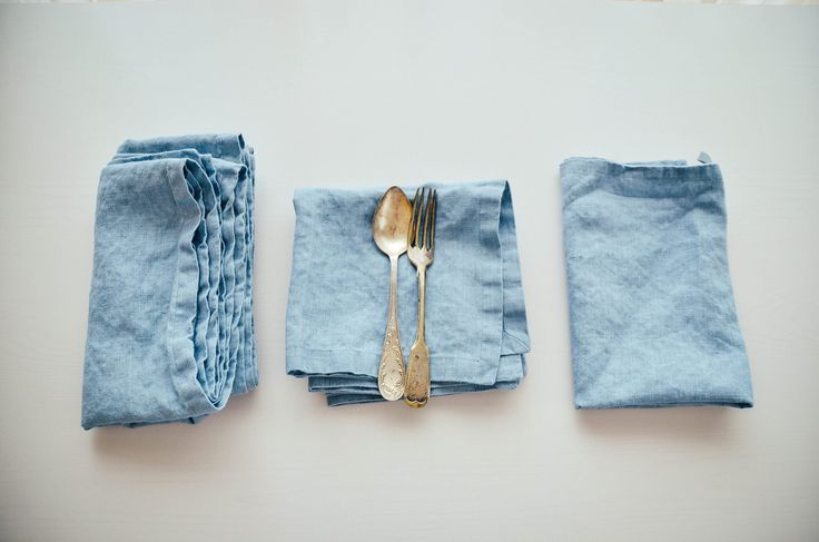 Very beautiful swedish blue linen napkins  www.wazars.it