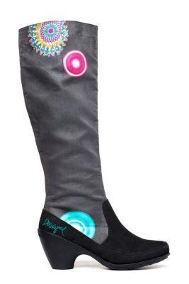 Desigual Women's Macarena boots. Heel height: 6 cm. / 2.3