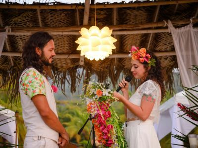 Bienvenidos al genuino, puro y natural matrimonio de Alejandra y Diego