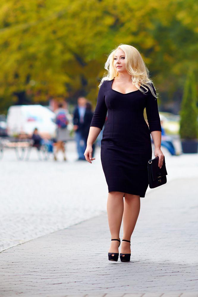 LaPerita vám ponúka kurz stylingu pre ženy s krivkami! Ak patríte medzi tie dámy pozrite sa na http://zenysro.sk/#!detail/obchoduj/1699/Styling-pre-plus-size
