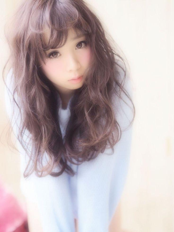 スイートなあざとい雰囲気で彼を虜に♡ロングヘアのふわふわヘアスタイルのアイデア♬今すぐ試したい髪型・カット・アレンジ☆