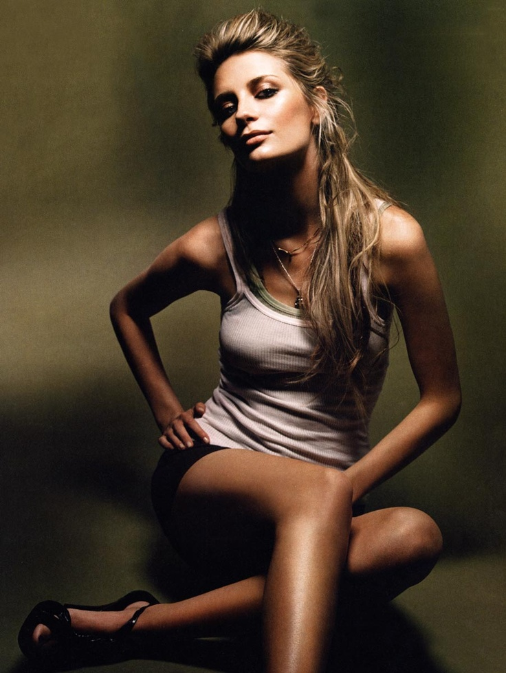Mischa Barton. white tank top, legs for days, and great hair. the cheek bones are obviously gorgeous!