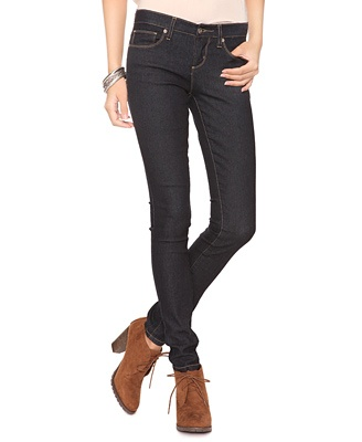 classic jeans.  My old faves have worn thin.A Mini-Saia Jeans, Classic Jeans, Fashion, Skinny Jeans, Dollar Jeans, Jeans Forever, Christmas, Denim Skinny, Fav Skinny