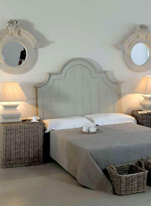 Oltre 25 fantastiche idee su testata del letto in legno su for Divano letto shabby chic
