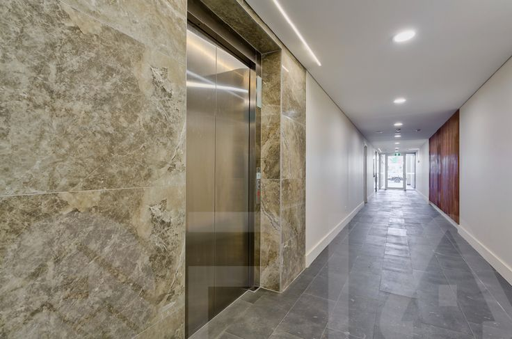 Messiter Apartments: Hallways