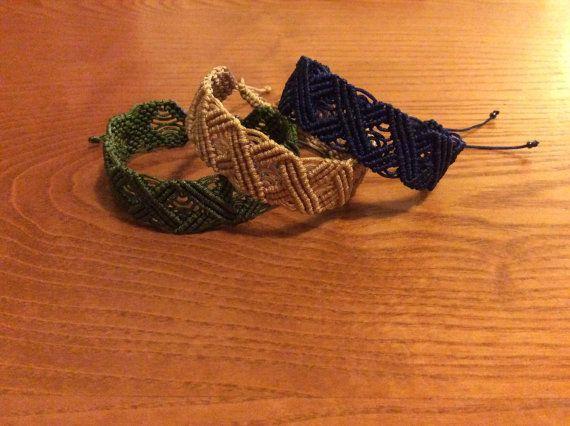 Wavy zig zag macrame bracelet by TatiJewels on Etsy