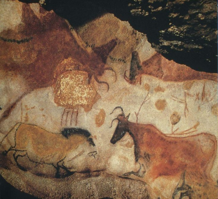 Bull, horses and stag – Magdalenian (c. 18,000 BC) detail of painted wall Chamber of the Bulls, Cave of Lascaux (Dordogne, France)