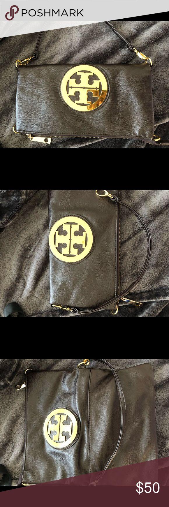 Tory Burch Brown Clutch Bag🔥 Tory Burch Brown Clutch Bag - never used Tory Burch Bags Clutches & Wristlets