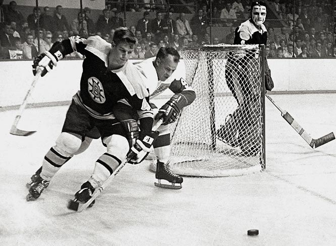 Gordie Howe and Bobby Orr: the two greatest players of all time going head to head (sorry, Wayne, but these guys could do it ALL)