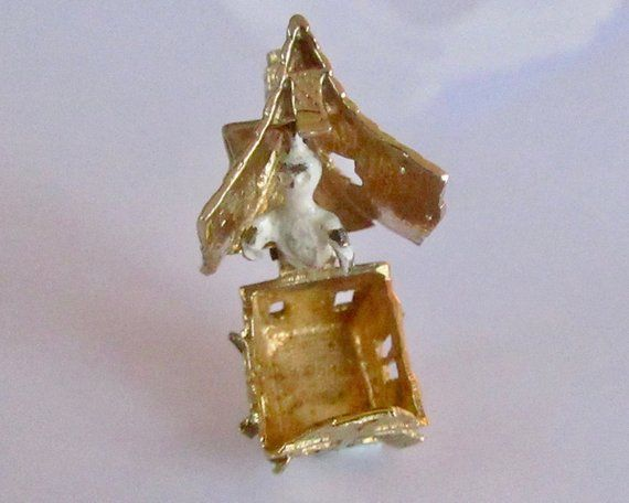 White House Christmas Decorations 2020 Ghost Nuvo 9ct Gold and Enamel Haunted House and Ghost Opening Charm in
