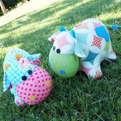 """I recently asked some of my Facebook followers what animal they would like to see me create next.There were so many mentions of cows that I knew I just had to give some a go.And boy, how glad am I that I did!I just adore this cute little pair and feel like they were always a part of the Melly & me family.This pattern is suitable for all skill levels.Completed size: Approximately 16.5cm x 20cm (6 1/2"""" tall x 8"""" long)Patterns contain step-by-step instructions and the full sized templates…"""