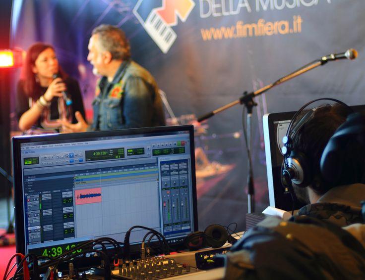 """Dal 2014, """"Casa FIM"""" è la  trasmissione televisiva dei musicisti in Live Streaming su """"FIM Live TV"""" e sulla App gratuita del FIM. #FIM #Fieradellamusica #Musica #Musicisti #Band #fimawards #premiomusicale #fierainternazionaledellamusica #strumentimusicali #scuoledimusica #etichettediscografiche #fimfiera"""