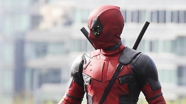 http://hoycinema.abc.es/Media/201510/06/Deadpool1--644x362.jpg