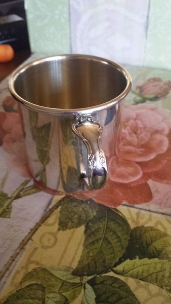 Vintage 1960 Oneida Silver Plated Baby Cup