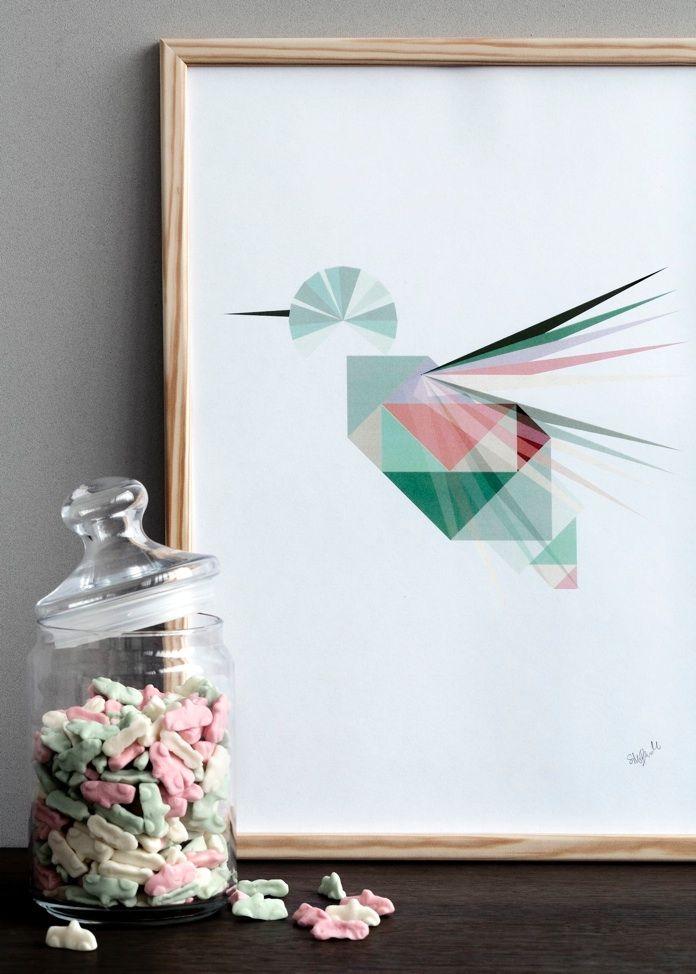 Kopenhag'lı tasarımcı Silke Bonde, kendi isteğiyle öğrendiği illüstrasyon ve grafik tasarım teknikleriyle yarattığı posterleri ve ahşap illüstrasyonları kendi adıyla kurduğu markasıyla tanıtıyor.