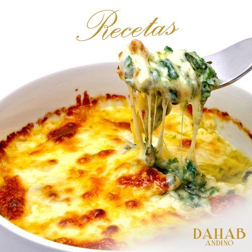 #CocinaRico para sorprender a tu familia en la cena, las ESPINACAS A LA FLORENTINA con abundante queso te dejarán bien parada http://goo.gl/A5VLY7