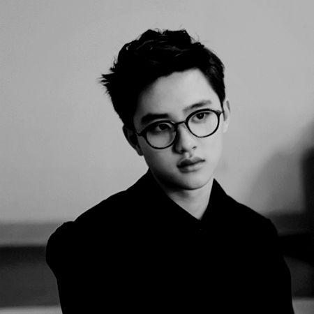 This adorable black and white photo of Kyungsoo. #EXODO #Kyungsoo