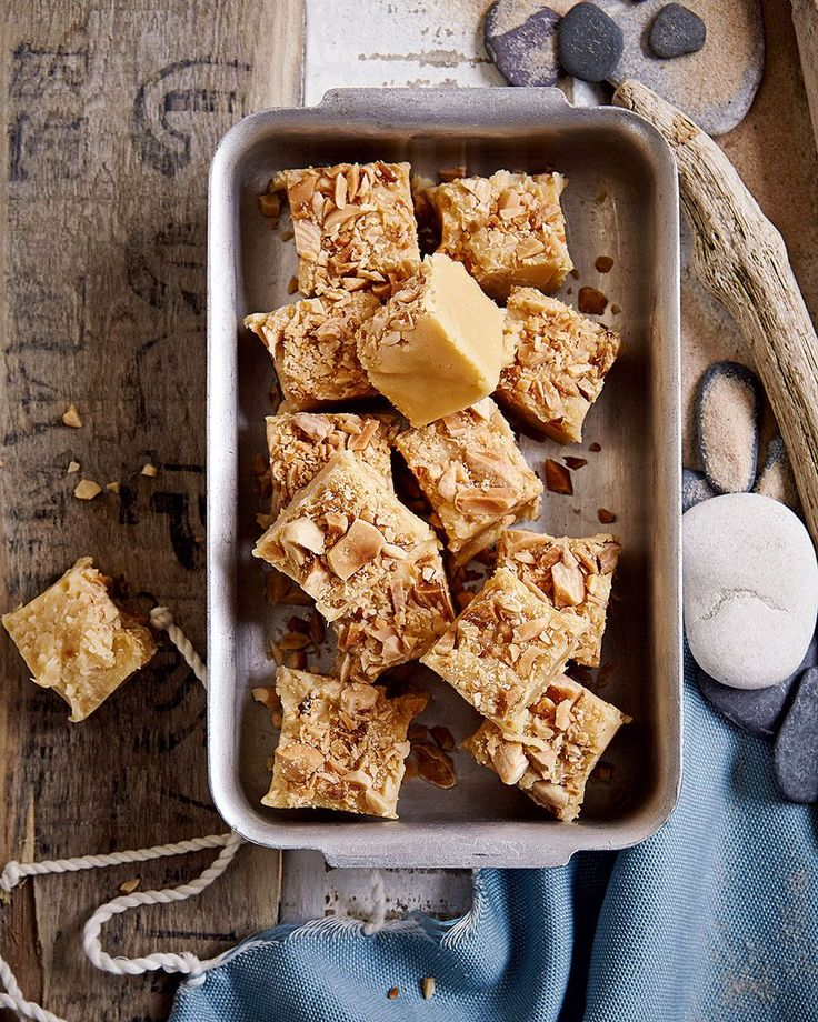 Sweet, creamy and a little bit naughty – this fudge recipe is the perfect way to attend to those sugar cravings.