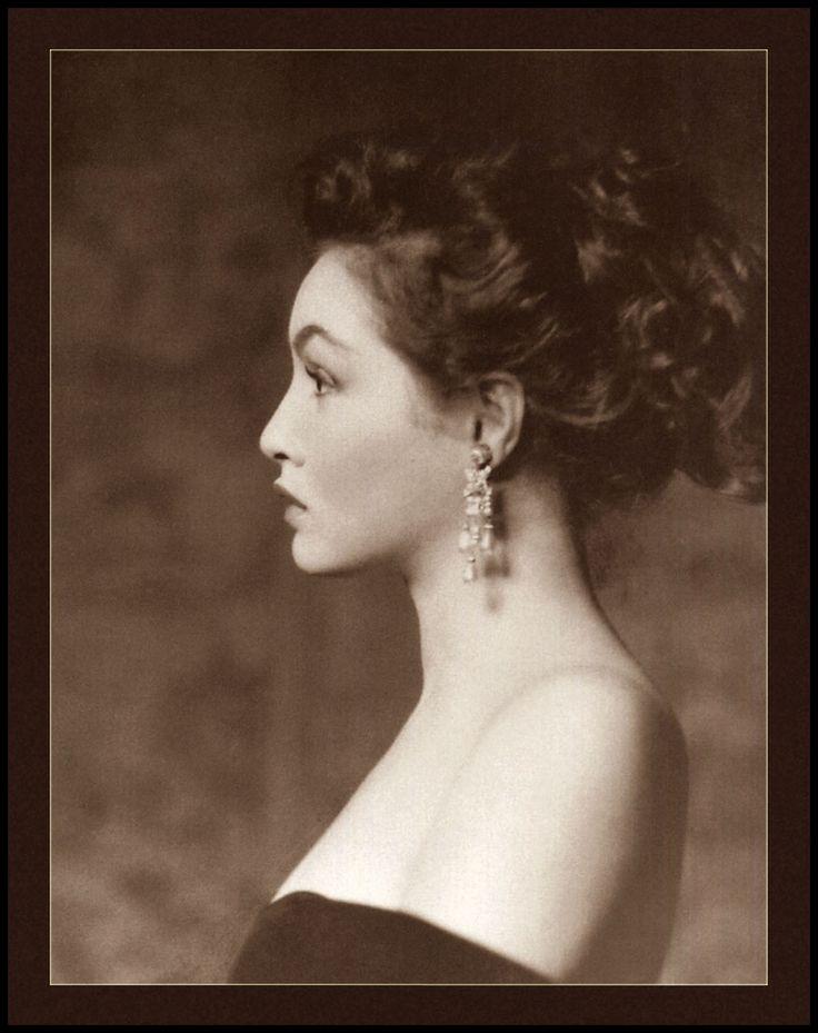 Alfred Cheney Johnston was THE photographer of Ziegfeld's beautiful women. Here he photographed Julie Newmar, the daughter of a Ziegfeld girl, around 1950.