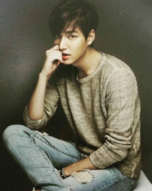 Lee Min Ho 2016 Official Minoz Calendar Photo. Calendario