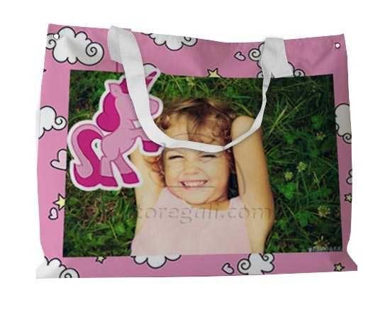 L'unicorno rosa per la tua borsa da spiaggia