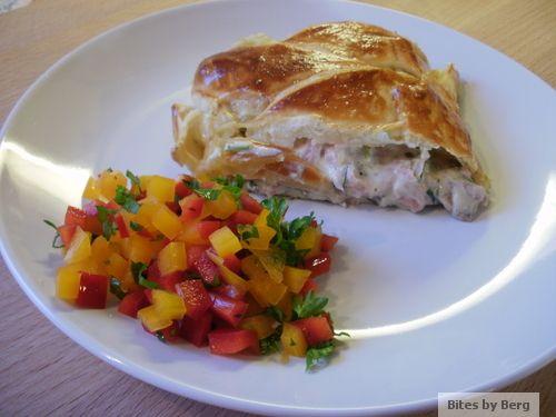 Super lækker skinkestang med champignon, purløg og flødeost til ta´ selv-bordet eller som en let frokost eller middag i selskab med en salat...