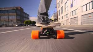 2000W Dual+ Boosted Electric Skateboard