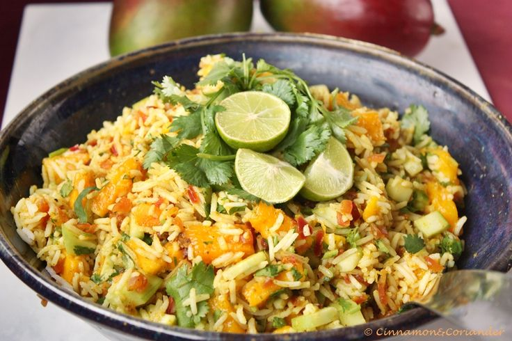 Indian Rice Salad with Mango and Lime Dressing! So summery, healthy and delish!! Indischer Reis Salat mit Mango & Limetten Dressing -Cinnamon&Coriander