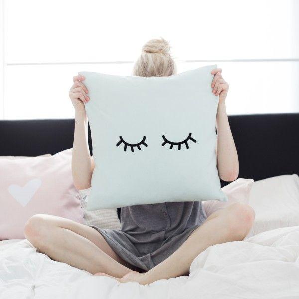 die besten 25 kissenh llen 50x50 ideen auf pinterest kissen 50x50 kissenbezugs handwerk und. Black Bedroom Furniture Sets. Home Design Ideas