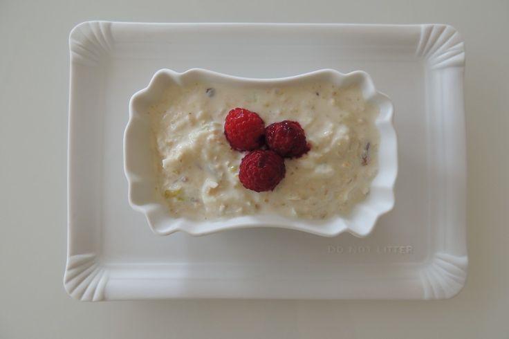 Home-made Swiss Birchermüsli - a healthy start of the day! FoodFamily.net