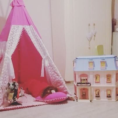 She slept in her #teepeelicious 😍 after she made her mini #christmastree #decoration #dollhouse #teepee #christmasmood #kidsinteriors #kidsroomdecor #barnrum #madeingreece #customade #hotpink and #lace for the most #girly #tipi #unicorn #heartpillow #pompom