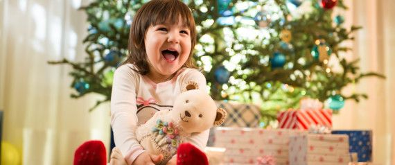 Mici secrete pentru parinti – dezvoltarea vorbirii 1. Incepe sa vorbesti cu copilasul din prima zi de viata, el va recunoaste si se va bucura atat de vocea ta cat si de a taticului sau. 2. Povesteste-i bebelusului tau ce ai facut sau ce vei face. 3. Canta-i cantecele de copii lente si linistititoare. 4. Spune-i poezioare. 5. Citeste-i povesti. 6. Spune-i tot ce faceti:  ... http://jucarii-vorbarete.ro/mici-secrete-pentru-parinti-dezvoltarea-vorbirii/