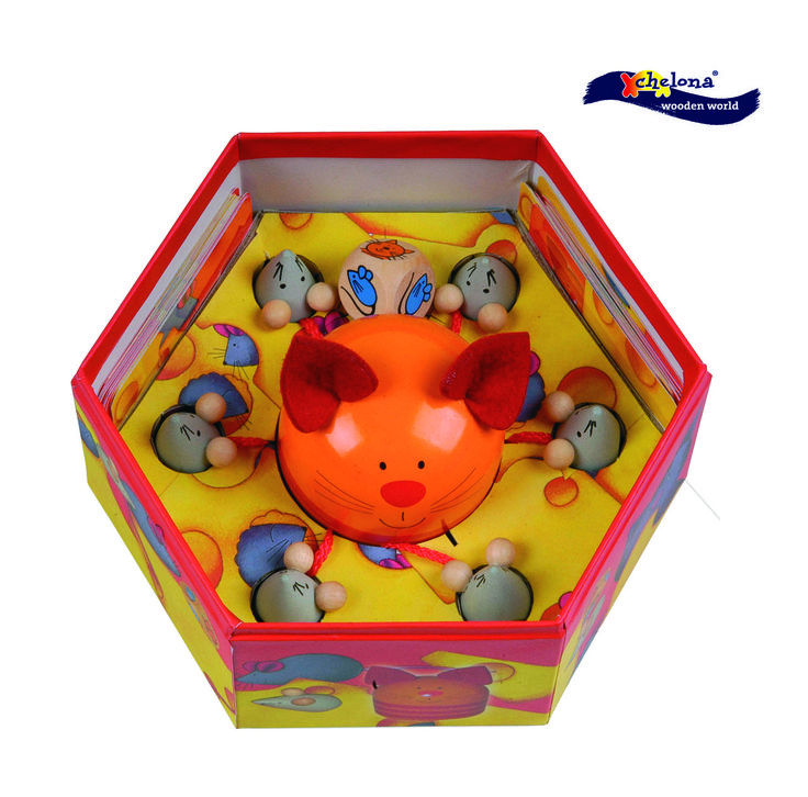 Catch The Mouse - Tumble & Roll Educational Toys.  The game encourages quick thinking, concentration and fast reaction time to catch as many mice as possible. Suitable for Children 4+. $25.00 #educationaltoys #kids #toys