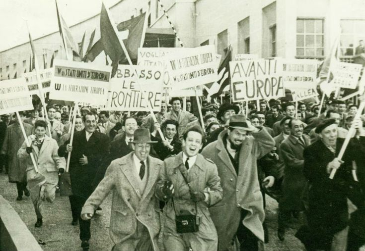 Europeans demonstrating for a united Europe without borders. Ponte San Luigi, Italy, 1952.