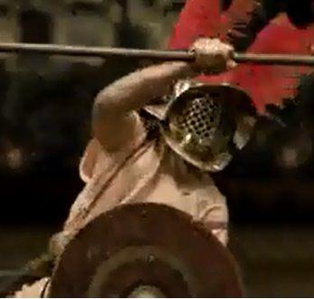 Считается, что зрители гладиаторских боёв выбирали жить побеждённому или умереть с помощью поднятого или опущенного большого пальца. Это неверное убеждение появилось после демонстрации полотна «Pollice Verso» Жана-Леона Жерома, который ошибочно перевёл латинский текст. На самом деле поднятый или опущенный большой палец символизировал обнажённый меч, а стало быть, смерть. Жизнь гладиатору обеспечивал сжатый кулак или меч, спрятанный в ножны.