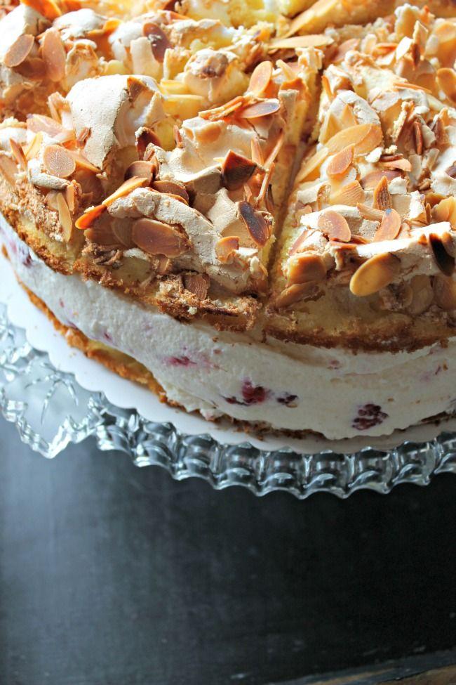 Himbeer - Baiser - Kuchen