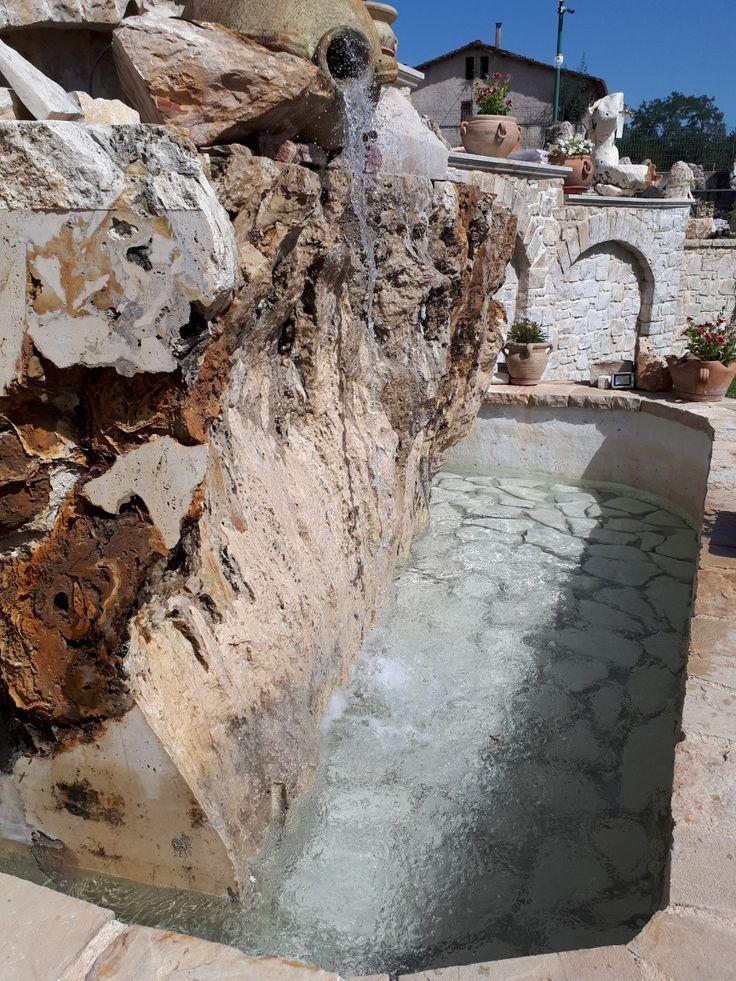 Pin di LG Marmi e Pietre su arredo giardino, pietre