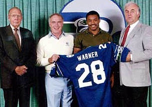#Seahawks draft #CurtWarner with the 3rd overall pick in the 1983 NFL draft. Exhibiting skills and abilities rarely seen before, Warner was officially the future of the Seahawks franchise until his knee injury in Week 1 of the 1984 season.