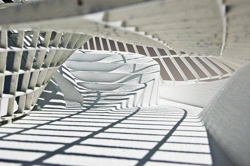 Que efeito de luz!!!    Model Photo: Parametric Gridshell by conarcist, via Flickr