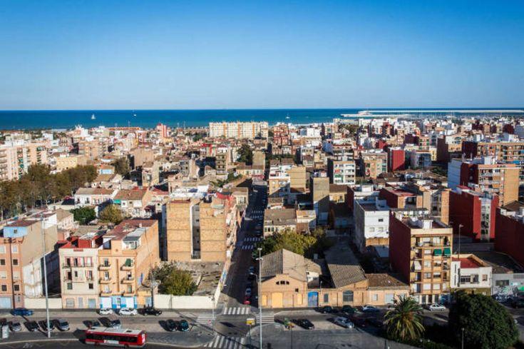 Valencia ya mira al mar - Valencia Plaza