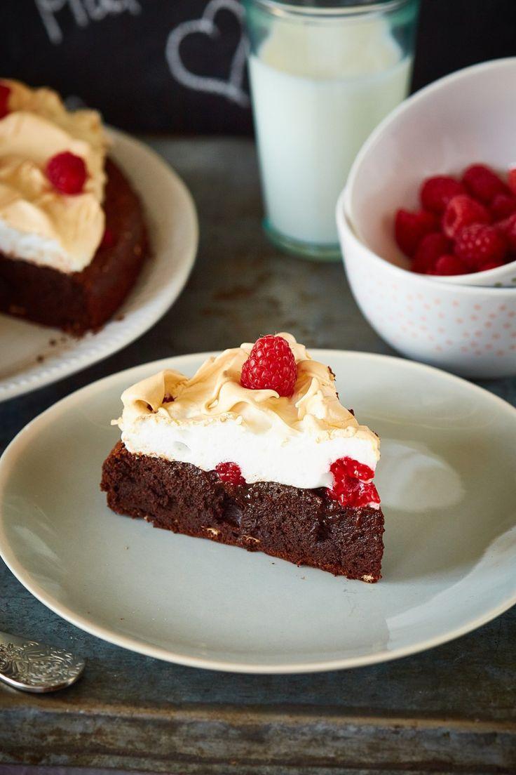 Málnás habcsókos csokitorta | Street Kitchen