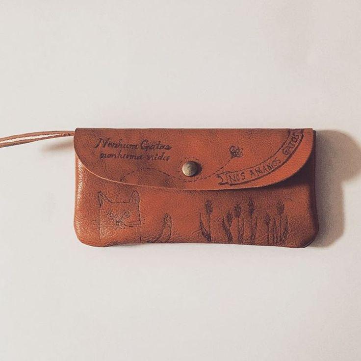 アトリエ ロカさんはInstagramを利用しています:「wallet。 札入れ×2pockets コイン入れ×1pockets カード入れ×2pockets」