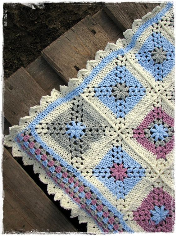 Unique soft baby blanket made of exclusive merino wool by Mamhaka