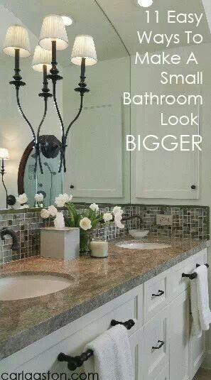 Like the recessed medicine cabinet on the side. Also think the front towel bar might be handy.
