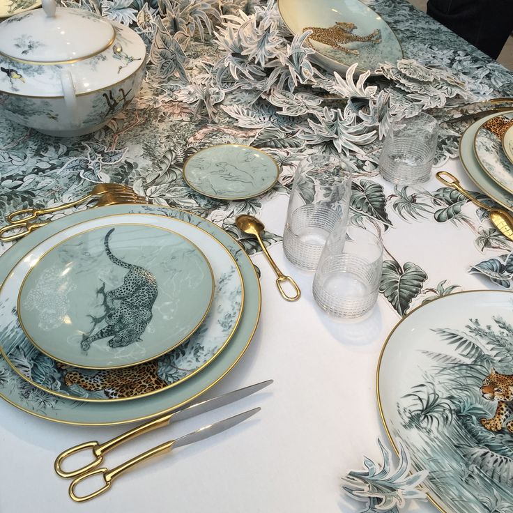 Populaire 292 best LUXURY TABLEWARE images on Pinterest | Tablescapes  ZJ61