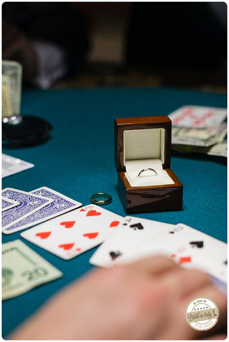 I hope the groom won't lose #wedding rings while playing poker with his groomsmen :) ph Chantel Gionco http://www.brideinitaly.com/2013/10/chantel-giongco-italians.html #italianstyle